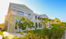 http://www.henrywiltshire.com.sg/property-for-sale/dubai/buy-villa-palm-jumeirah-dubai-jded-s-10965/