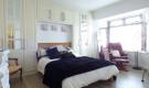 https://www.henrywiltshire.co.uk/property-for-rent/ireland/rent-double-room-crumlin-dublin-12-4485029/