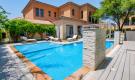 https://www.henrywiltshire.ae/property-for-sale/abu-dhabi/buy-villa-saadiyat-island-abu-dhabi-wre-s-4028/