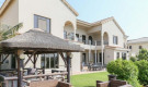 https://www.henrywiltshire.ae/property-for-sale/dubai/buy-villa-palm-jumeirah-dubai-jdpj-s-22295/